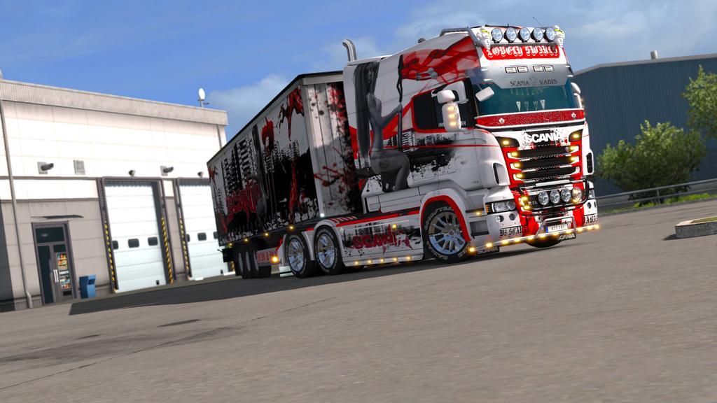 SCANIA RJL GIRL ON LION TRUCK SKIN - Euro Truck Simulator